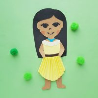 Kid's Pocahontas Papercraft Doll